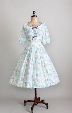 Vintage 1950s Swiss Dot Floral Full Skirt Dress