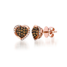 WIOK 41, Le Vian Chocolate Diamonds within a heart shaped Strawberry Gold setting dusted with Vanilla Diamonds.