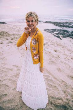 #OOTD: Barefoot Blonde Is a Total Boho Goddess #RueNow