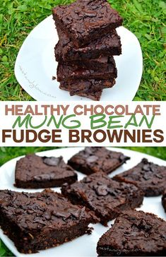 Healthy Chocolate Fudge Bean BrowniesThese healthy chocolate fudge brownies are plant based but people regularly call them the best brownies ever. Don't be put off by the secret ingredient until you try it! This nutritious and healthy brownie i Chocolate Fudge Brownies, Bean Brownies, Healthy Brownies, Healthy Treats, Dessert Chocolate, Chocolate Chips, Healthy Deserts, Cheesecake Brownies, Healthy Cake