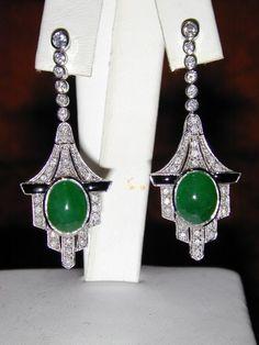 Myanmar Jadeite,Onyx, Diamond in 18k WG