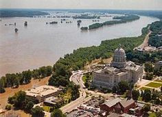 1993: The Great Flood of April-October is one of the most costly and devastating to ever occur in the US, with $15 billion in damages. The Mississippi and Missouri rivers and their tributaries overflow their banks and flood some 30,000 square miles.