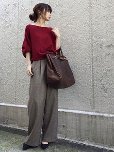 ADAM ET ROPE'のニット・セーター「【2017AW先行予約】12Gホールガーメントアシメプルオーバー」を使ったari☆のコーディネートです。WEARはモデル・俳優・ショップスタッフなどの着こなしをチェックできるファッションコーディネートサイトです。 Japan Fashion Casual, Work Fashion, Cute Fashion, Daily Fashion, Everyday Fashion, Fashion Outfits, Womens Fashion, Casual Work Outfits, Business Casual Outfits