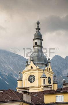 48174038-torretta-storica-a-innsbruck-austria.jpg (294×450)