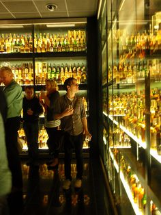 Scotch Whiskey Experience- I don't drink, but this looks pretty cool!