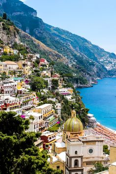 Clinging to the cliffs and gullys of this magnificent coastline, Positano is the Amalfi Coast's number one tourist destination. A bucket-list worthy trip!