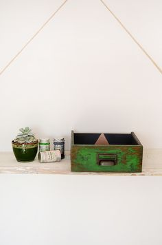 green drawer - wood - home decoration - rustic - chippy