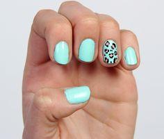 El menta es ideal para cualquier época del año. Combínalo con un animal print en una o varias uñas. Diviértete con este estilo, encuentra más en http://www.1001consejos.com/