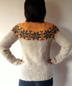 Sarah Lund handknitted sweater from The Killing made from Icelandic wool with a pattern from the Faroe Islands - lopapeysa - danish knitter Pullover Design, Handgestrickte Pullover, Sweater Design, Lund, Hand Knitted Sweaters, White Sweaters, Icelandic Sweaters, Yellow Sweater, Knitting Designs