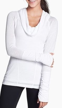 casual white pullover  http://rstyle.me/n/m8ej2pdpe