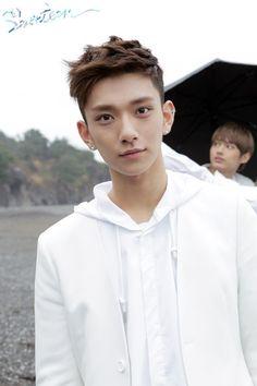 Joshua❤️ (peep Jun in the back lol)