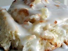 Cheesy Pull-Apart Bread – What2Cook Copycat Wendy's Frosty Recipe, Wendys Frosty Recipe, Strawberry Sheet Cakes, Raspberry Cake, Coconut Custard Pie, Coconut Cream, Lemon Coconut, Coconut Milk, Mushroom Tart