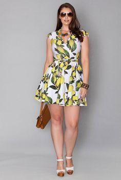 Regine Wrap Dress - Lemon Print in Plus Size