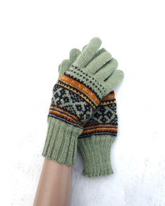 Knitted gloves, knit green wool gloves with fingers, latvian gloves, knitting arm warmers, hand warmers, winter gloves, handmade accessories by peonijahandmadeshop on Etsy