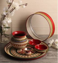 19 Unique Karwa Chauth pooja thali designs available online for busy moms Arti Thali Decoration, Kalash Decoration, Diwali Decoration Items, Thali Decoration Ideas, Diwali Decorations At Home, Festival Decorations, Desi Wedding Decor, Wedding Favours Luxury, Wedding Crafts