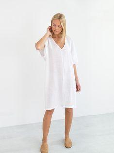 PEONY is a loose fitting v-neck linen midi dress. Handmade in our studio from premium European midweight linen. Linen Tunic Dress, Linen Dresses, Simple Summer Dresses, Dress Summer, Summer Outfit, The White Album, Minimal Wardrobe, Gypsy Skirt, Loose Shorts