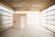Image 4 of 25 from gallery of House Unimog / Fabian Evers Architecture, Wezel Architektur. Photograph by Sebastian Berger Residential Architecture, Contemporary Architecture, Interior Architecture, Interior And Exterior, Small Buildings, Commercial Interiors, Black House, Minimalist Home, House Ideas