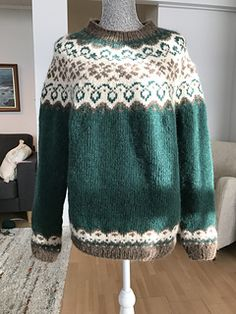 Ravelry: Sundrops / Solgløtt pattern by Vanja Blix Langsrud Pullover Sweaters, Men Sweater, Fair Isles, Fair Isle Pattern, Fair Isle Knitting, Knitting Stitches, Knitting Projects, Ravelry, Knit Crochet