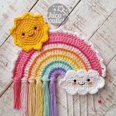 Crochet Wall Art, Crochet Wall Hangings, Crochet Home, Crochet Crafts, Hand Crochet, Crochet Baby, Crochet Projects, Diy Crochet Wall Hanging, Knitted Baby