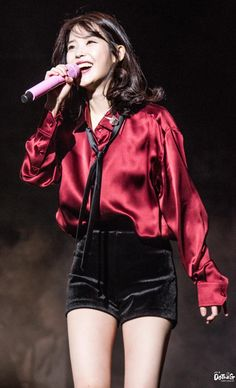 Concert Stage, Iu Fashion, Korean Singer, Kpop Girls, Seoul, Girl Group, Cool Girl, Outfit Of The Day, Beautiful Women