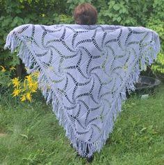 Crocheted hexagonal motif shawl !pattern!