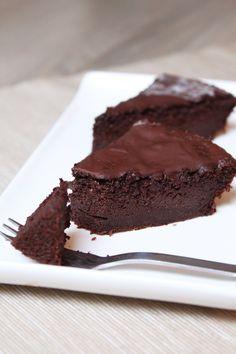 Testez ce fondant au chocolat sans beurre et révélez l'ingrédient mystère à la fin de la dégustation, tout le monde sera bluffé!
