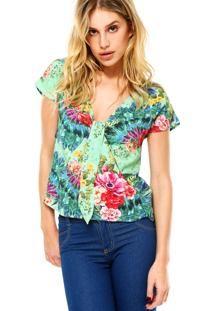 Resultado de imagem para tendência de modelos de blusas e camisas femininas