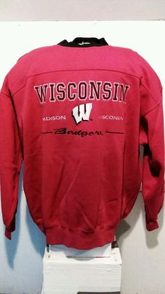 ddc68249 Lee sport Wisconsin bagers sweater pullover crewneck xl mens red #Lee  #Crewneck