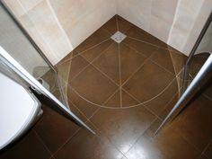 półokrągły prysznic bez brodzika