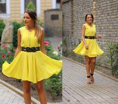 new post on blog:) http://www.sandrab.ro/2013/08/perfect-yellow-dress.html