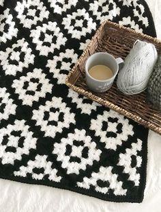 crochet pattern, downloadable PDF crochet pattern, granny square blanket pattern, black and white crochet blanket, modern granny square blanket