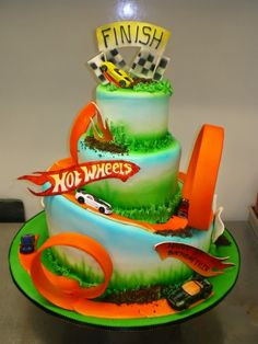 Hot Wheels Racing League: Hot Wheels Birthday Party Cakes - LOOPS! #hotwheels #cakes