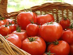 15 tips para almacenar y conservar la comida fresca Fresco, Fresh Tomato Recipes, Vegetable Recipes, Farmers Market Recipes, Salsa, Food Website, Veggie Side Dishes, Food Plating, Gazpacho