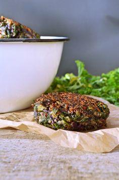 Grünkohl Quinoa Buletten - vegetarisch   foodistas.de
