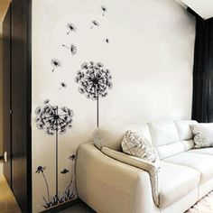 Przepiękne jasne wnętrze rozświetlą namalowane dmuchawce. #piekiemieszkaj