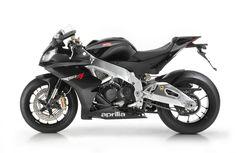Aprilia RSV4 R (2010) - 2ri.de Hersteller: Aprilia Land: Baujahr: 2010 Typ (2ri.de): Superbike Modell-Code: k.A. Fzg.-Typ: RK Leistung: 180 PS (132 kW) Hubraum: 999 ccm Max. Speed: 290 km/h Aufrufe: 3.988 Bike-ID: 2175