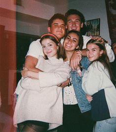 Best Friend Photos, Best Friend Goals, Need Friends, Film Aesthetic, Teenage Dream, Summer Photos, Teenage Years, Friend Pictures, Photo Editing