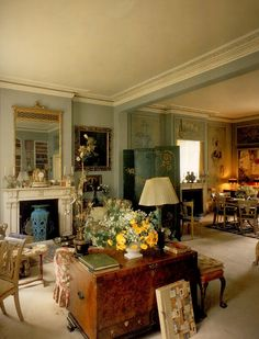 Lady Diana Cooper's Little Venice London house Drawing Room
