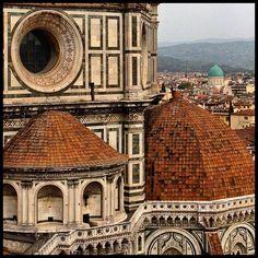Florence up close and personal. Photo courtesy of rodrigogarza68 on Instagram.