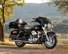 Harley Davidson FLHTC Electra Glide Classic