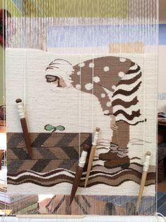 Sarah Swett, four selvedge tapestry weaving in process