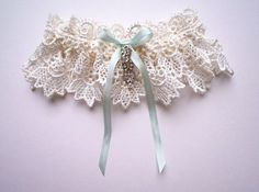 Google Image Result for http://www.mywedding.com/blog/wp-content/gallery/april-2/florrie-mitton-couture-etsy-wedding-bridal-garter-03.jpg