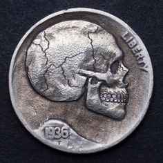 SETH BASISTA HOBO NICKEL - FLOATING SKULL - 1936 BUFFALO NICKEL Buffalo Skull, Hobo Nickel, Coin Art, Metal Clay Jewelry, Antique Coins, Skull And Bones, Stamp Collecting, Metal Art, Hand Carved