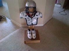 Football Gear Stand - definitely need one of these! Football Rooms, Football Cheer, Football Love, Football Season, Football Shirts, Football Players, Football Helmets, Youth Football Gear, Football Stuff