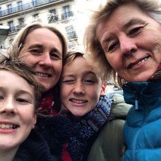 https://flic.kr/p/pQyttp | Yay, my mum (@redshoos ) is here, exploring Paris with us!  #upsticksandgo #paris #mum #family #france #travel #travelgram #travellingtheworld #michfrost #travellingfamily