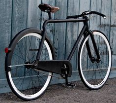 Victor. Do you like this bike? I like the matte black finish. Other thing I'm obsessed with.