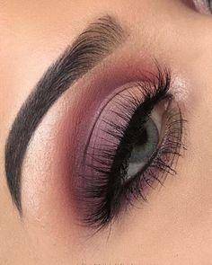 Gorgeous Makeup: Tips and Tricks With Eye Makeup and Eyeshadow – Makeup Design Ideas Beautiful Eye Makeup, Natural Eye Makeup, Eye Makeup Tips, Makeup For Brown Eyes, Smokey Eye Makeup, Makeup Goals, Pretty Makeup, Makeup Inspo, Hair Makeup