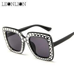 d732fa6faf  FASHION  NEW LeonLion 2018 Imitation Diamonds Sunglasses Women Square  Classic Vintage Outdoor Sun Glasses