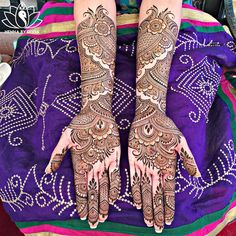 """hennabydivya: What a crazy crazy week this had been! My first """"Save the Date"""" bride Navreet's bridal henna from Wednesday. Congratulations to Nav & Sabi on their big day. Can you guys find Sabi's name in Nav's mehndi?"""