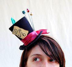 Petit chapeau haut de forme Mad Hatter Lolita par littlecasaroo